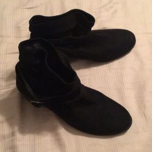 American Eagle size 11 ankle boots